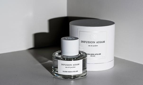 Infusion_Assam_Bottle_Box_Dark