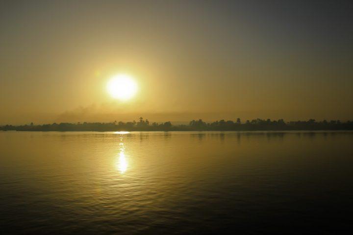 https://pixabay.com/de/photos/%C3%A4gypten-nil-sonnenuntergang-713496/