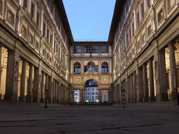 https://pixabay.com/de/photos/galerie-galleria-degli-uffizi-1803525/