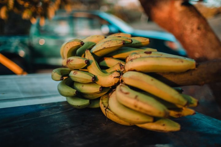 https://www.pexels.com/photo/banana-fruit-close-up-photography-1607192/