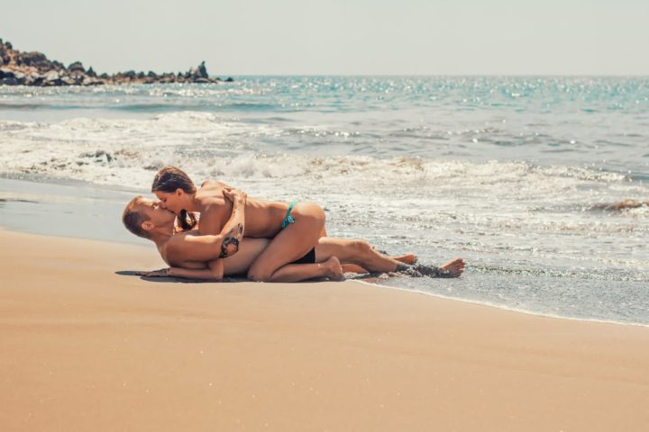 https://www.pexels.com/photo/beach-bikini-couple-fun-351127/