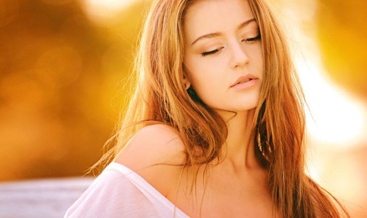 https://pixabay.com/de/photos/frau-blond-portrait-m%C3%A4dchen-farben-1320810/