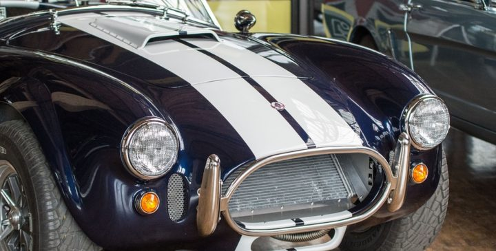 https://pixabay.com/de/photos/auto-cobra-shelby-oldtimer-3259948/