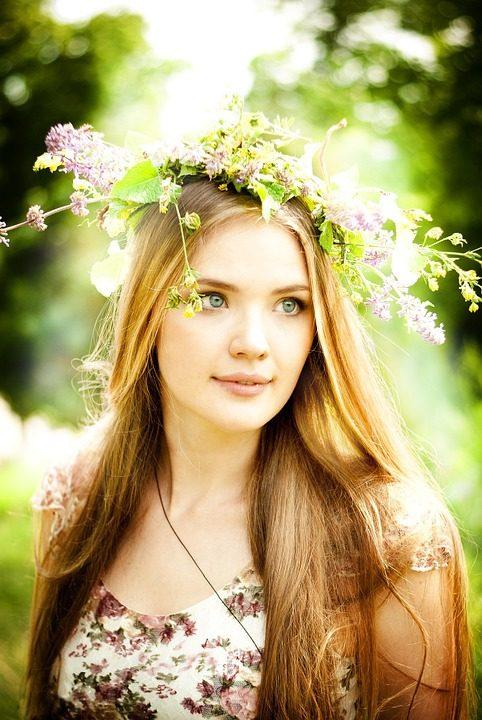 https://pixabay.com/de/photos/fr%C3%BChling-natur-blumen-b%C3%A4ume-white-768615/