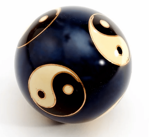 https://pixabay.com/de/photos/ball-kugel-yin-yang-dekoration-1432752/