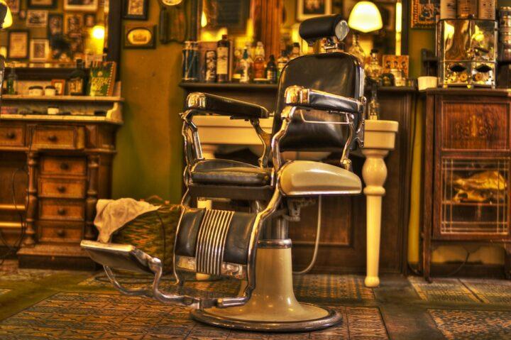 https://pixabay.com/de/photos/friseur-stuhl-salon-shop-bart-1453064/