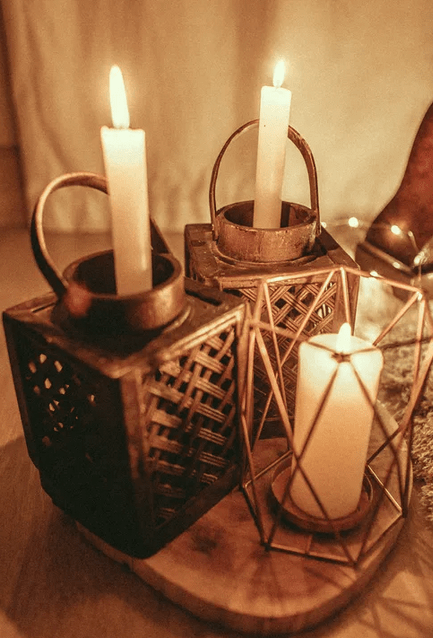 https://www.pexels.com/photo/lit-candles-2950326/