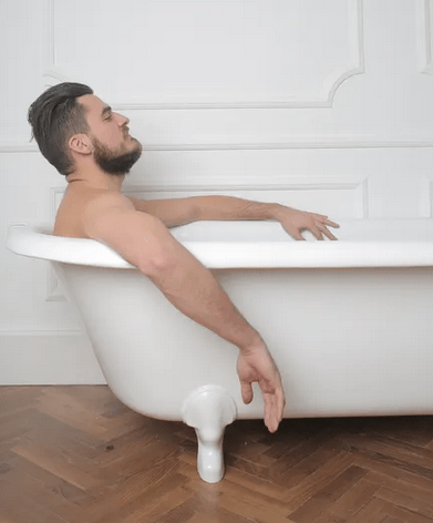 https://www.pexels.com/photo/man-in-the-bathtub-3785131/