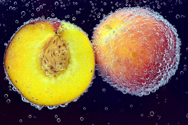 https://pixabay.com/de/photos/pfirsich-obst-frucht-essen-fr%C3%BCchte-2453282/