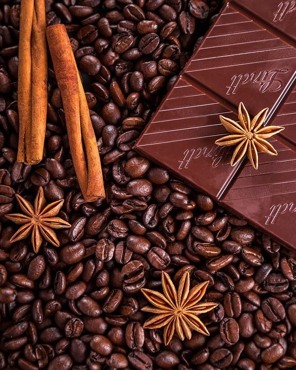 https://pixabay.com/de/photos/kaffee-schokolade-zimt-anis-1900194/