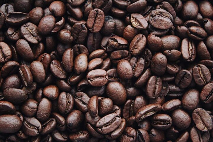 https://www.pexels.com/photo/coffee-beans-1695052/