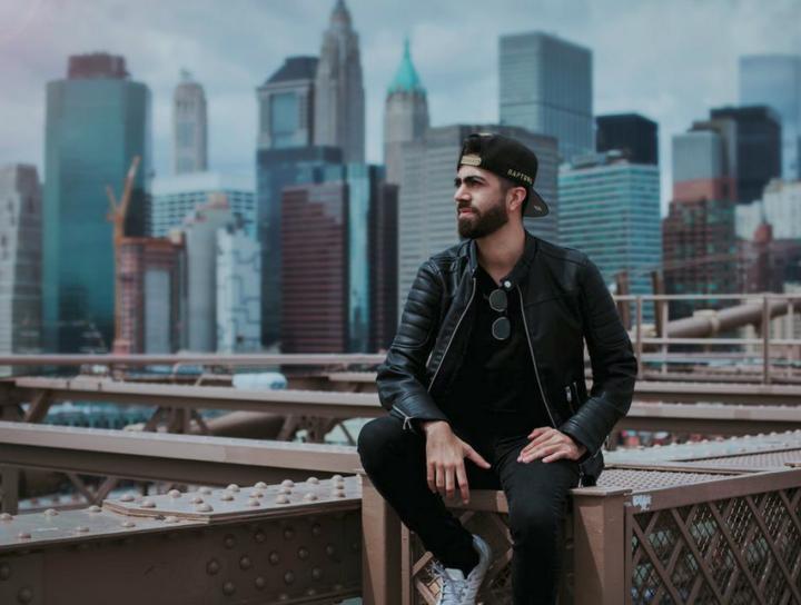 https://www.pexels.com/photo/man-wearing-black-zip-up-leather-jacket-1182825/